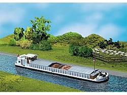 Nákladní loď FRANSISKA s kajutou